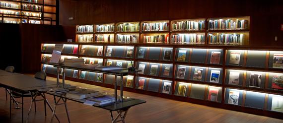 Libros y catálogos de Arte. Museo Reina Sofía