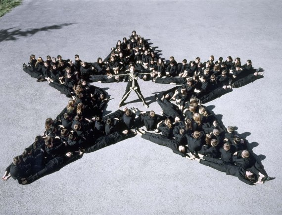 Marina Abramovic. <em>Count on Us</em>, 2003