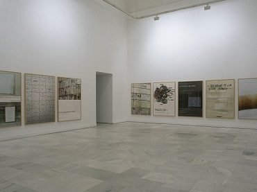 Exhibition view. Ignasi Aballí. Desapariciones, 2002