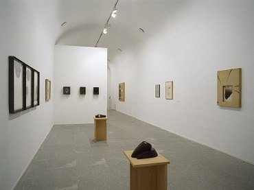 Exhibition view. Pepe Espaliú, 2003