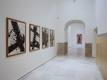 Exhibition view. Sam Francis. Paintings 1947-1990, 2000