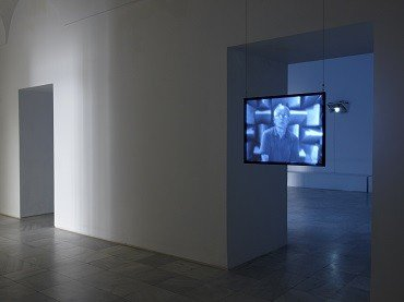 Vista de sala de la exposición. David Maljkovic: Out of Projection, 2009