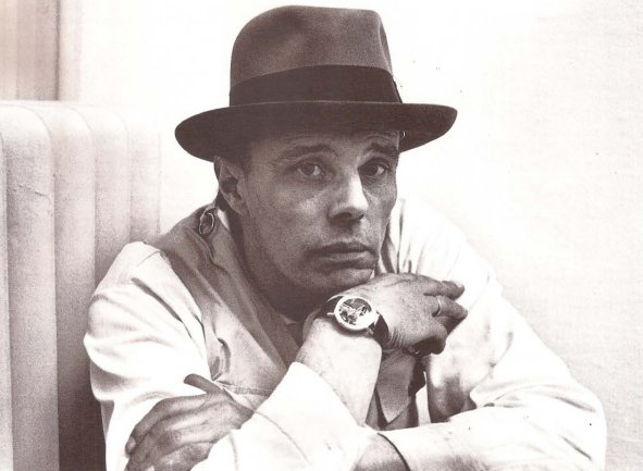 Joseph Beuys in Kunstalle of Berna, 1969