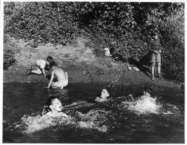 Swimming Hole (Charca)