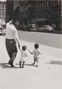 New York, 1940 (Man and Two Kids)