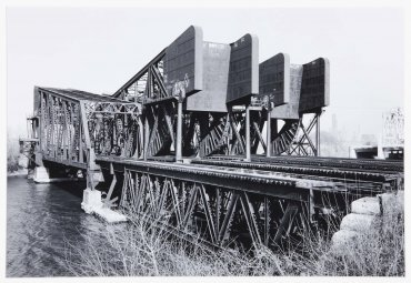 Three Rolling Bascule Bridges, Chicago Sanitary & Ship Canal, Chicago, Illinois (Tres puentes basculantes, Chicago Sanitary & Ship Canal, Chicago, Illinois)