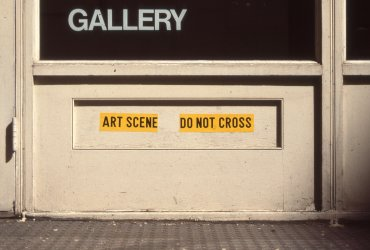 Do not Cross Art Scene (No Cruzar, escena de Arte)
