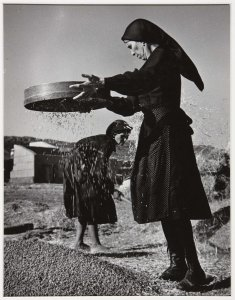 Harvest, Winnowing Grain (Cosecha, aventando grano)