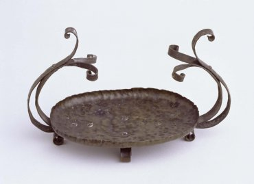 Bijoutier (Jewellery Holder)